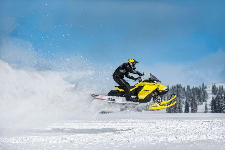 2017-Ski-Doo-Rotax-850-E-TEC-racing
