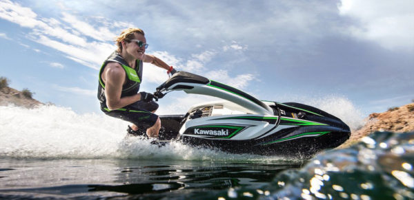 2017-Kawasaki-Jet-Ski-stand-up-new-release
