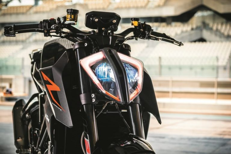 2017-ktm-1290-super-duke-new-release